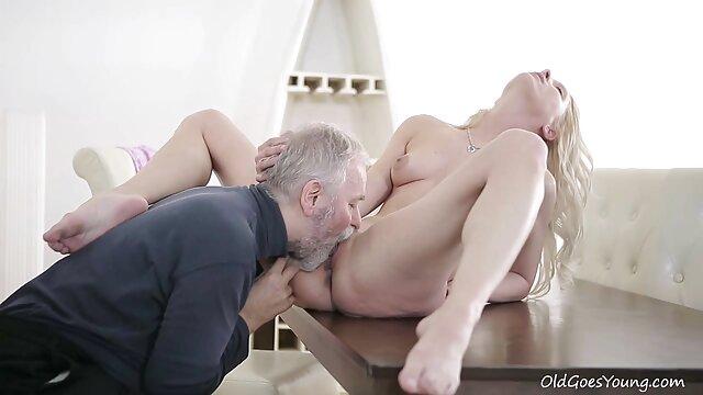 Porno sans inscription  Vivian Anal Cumslut 2 (16 autres charges porno français en streaming avalées)